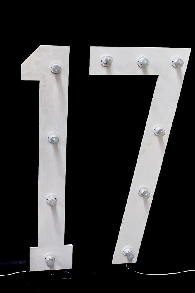 Large Number 1 With Bulbs On Stand 14m High Theme Prop Hire
